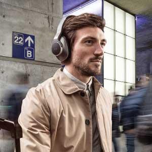Auriculares con Bluetooth AKG N700NC Wireless al mejor precio y con Garantía oficial. Somos tienda oficial de audifonos AKG en Paraguay. Envíos a todo el País